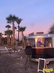 Retro 1958 8' x 16' Roll O Vend Vintage Beverage and Coffee Trailer for Sale in Nevada!
