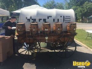 Stunning Vintage 4.6' x 8.2' Wagon Beverage Concession Trailer/Mobile Drinks Unit for Sale in Texas!