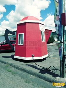 Very Unique 9.2' x 13' Giant Coffee Pot/Teapot Mobile Cafe Coffee Trailer for Sale in Washington!