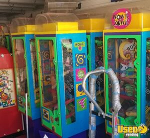 Wowie Zowie Interactive Gumball Vending Machines for Sale in Arizona!