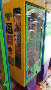 Wowie Zowie Interactive Gumball Vending Machines for Sale in Florida!