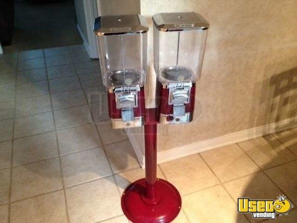(20) - Vendmaster Double Head Bulk Candy Vending Machines!!!