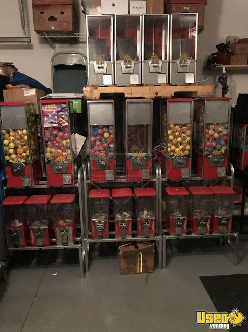 Lot of 100 Northwestern Bulk Candy Vending Machines with 25 Racks for Sale in Florida!