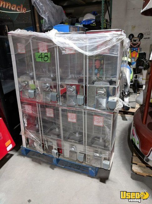 Northern Beaver NB24 Bulk Candy / Capsule Vending Machines for Sale in New York 500+ Available!