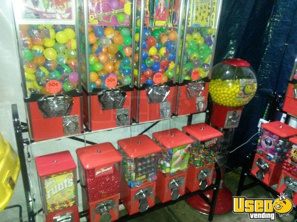 Lot of Bulk Vending Gumball, Toy & Sticker Machines for Sale in North Carolina!