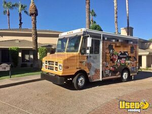 2005 Freightliner MT45 Step Van Beverage Truck / Used Mobile Drinks Unit for Sale in Arizona!