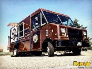 2006 Ford Utilimaster V8 18' Step Van Coffee Truck / Used Mobile Cafe for Sale in Colorado!