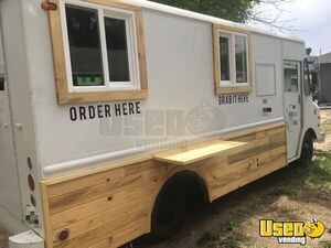 Vintage 1976 Chevrolet P-30 Step Van Coffee Truck / Ready to Roll Mobile Cafe for Sale in Idaho!!