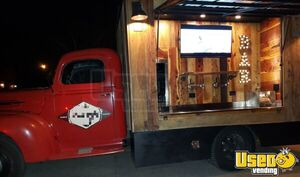 Self-Contained Vintage 1947 - 20' 1 Ton Ford Mobile Bar Beer Tap Truck for Sale in Tennessee!