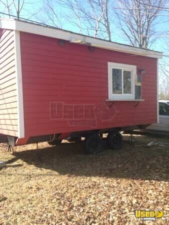 9' x 16' Ice Cream Concession Trailer for Sale in Maine!!!