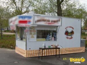 2005 - 8.6' x 20' United Trailer Mobile Food Unit / Food Concession Trailer for Sale in Michigan!!