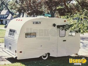 Vintage 1967 Serro Scotty Food Concession Trailer/Used Mobile Food Unit for Sale in Ohio!