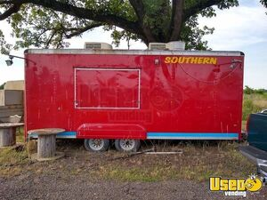 Ready To Use Wells Cargo Food Concession Trailer / Clean Mobile Kitchen Unit for Sale in Texas!