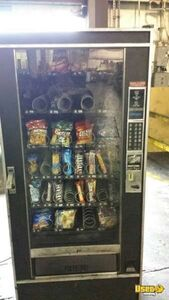 (1) - Crane / National 146 Electronic Snack Vending Machine!!!