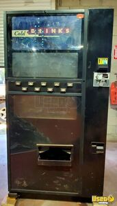 Dixie-Narco 501E Cold Drinks Electrical Soda Vending Machine for Sale in Illinois!