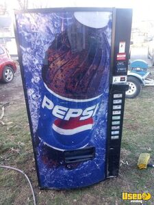 2006 Used Dixie Narco 501E Pepsi Front Soda Vending Machine for Sale in Indiana!