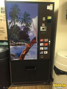 Dixie Narco Soda Vending Machine for Sale in Pennsylvania!