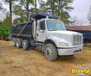 2007 Freightliner Business Class M2 112 Dump Truck Semi Truck for Sale in North Carolina!