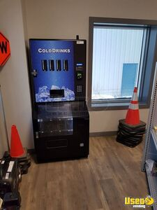 2018 Cashless Compact Cooler Combo Vending Machines on Location in Edmonton AB!