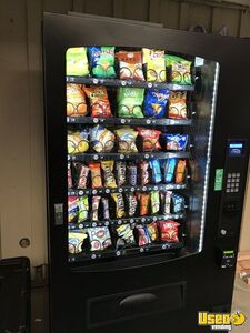 2017- Seaga INF5S Electronic Snack Vending Machine for Sale in California!