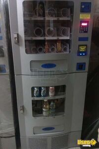 Seaga CA 830 Combo Vending Machine for Sale in Nevada- New, Never Used!!!