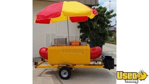 2017 - 3.9' x 7' Hot Dog Shaped / Street Food Vending Cart for Sale in Florida!!!
