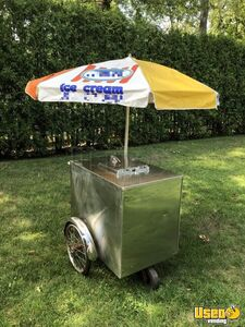 Fully Functional 2000 Ice Cream Push Cart / Street Food Cart for Sale in New Jersey!
