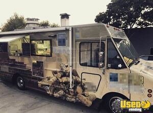 Workhorse Woodfired Brick Oven Pizza Truck for Sale in California!!!