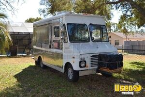 7' x 25' Ford Food Truck for Sale in Florida!!!
