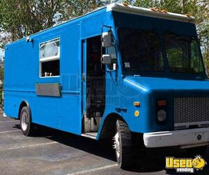 Turnkey Grumman Olson Mobile Kitchen Food Truck for Sale in Florida- LOADED!
