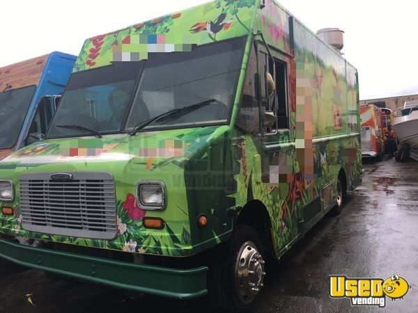 Street Food Kitchen Truck for Sale in Florida!!!