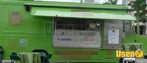 GM P130 Food Truck for Sale in Florida!!!