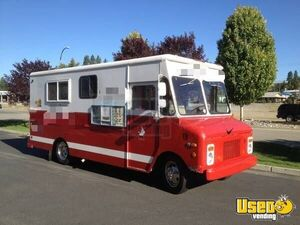 Turnkey Chevy Mobile Kitchen Food Truck Business for Sale in Idaho!!!