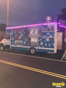 GMC 26' Food Truck for Sale in Pennsylvania!!!