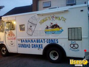 Grumman Ice Cream Truck for Sale in Pennsylvania!!!