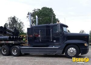1995 Super Neat Freightliner FLD Sleeper Cab Truck / Dual Exhaust Semi Truck for Sale in Arkansas!