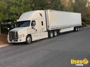 Used 2016 Freightliner Cascadia Sleeper Cab Semi Truck 505hp for Sale in California!