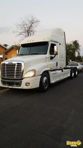 2011 Freightliner Cascadia Midroof Sleeper Cab Used Semi Truck for Sale in California!