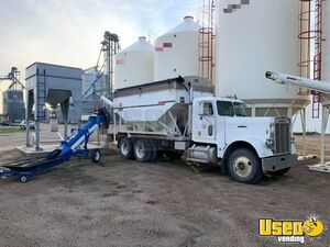 1980 Freightliner 16 Ton Willmar Tender Day Cab/Used Semi Truck in Great Shape for Sale in Nebraska!
