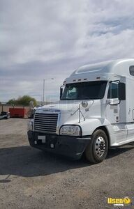 Ready to Work 2009 Freightliner Sleeper Cab / Used Semi Truck for Sale in Nevada!
