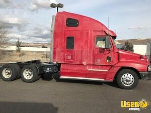 2007 Freightliner Century 120 Sleeper Cab Semi Truck 14L Detroit for Sale in Oregon!