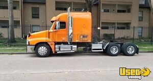 2007 Freightliner Century Class Sleeper Semi Truck in Great Shape for Sale in Texas!!