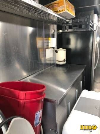 Gmc Workhorse Food Truck Triple Sink Florida for Sale - 19