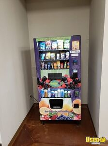 H4U Snack & Soda Healthier 4U Combo Healthy Vending Machine for Sale in Ohio on Location!