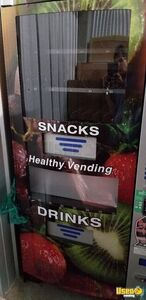 2016 Seaga HY900A Healthy You Vending Machine w/ Entree for Sale in Louisiana!