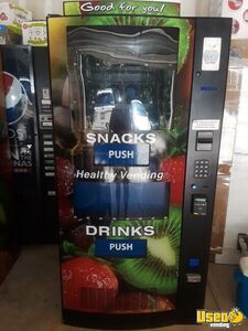 2017 Seaga HY900 Healthy You Combo Vending Machines w/ Entree Units for Sale in North Carolina!
