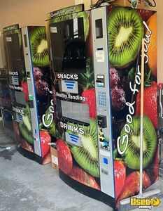 (3) Seaga HY900 Healthy You Combo Snack & Drink Vending Machines for Sale in Pennsylvania!
