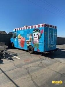 Used 2000 - 23' Freightliner VN Diesel Ice Cream Truck for Sale in California!!!