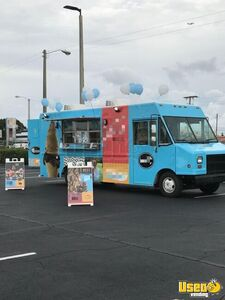 27' Chevrolet P30 Gelato Truck / Mobile Ice Cream Business for Sale in Florida!