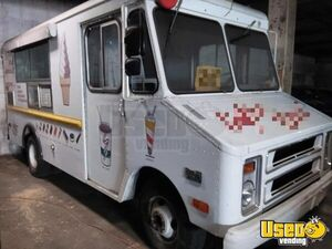 All Aluminum Vintage 1977 Chevrolet Step Van Ice Cream Truck for Sale in Pennsylvania!!